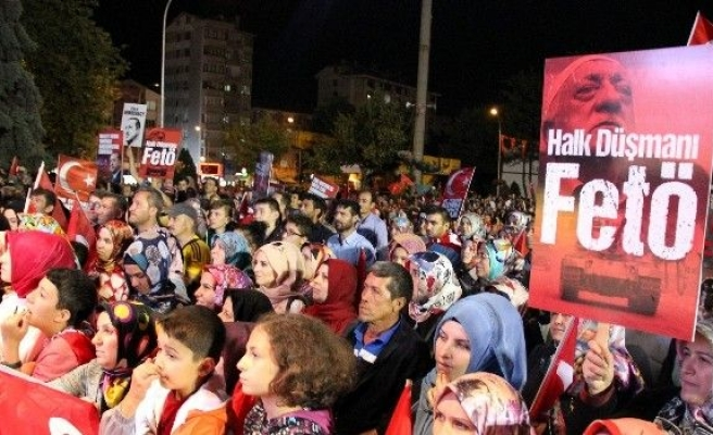 Kütahya'da demokrasi nöbetinin 6. günü