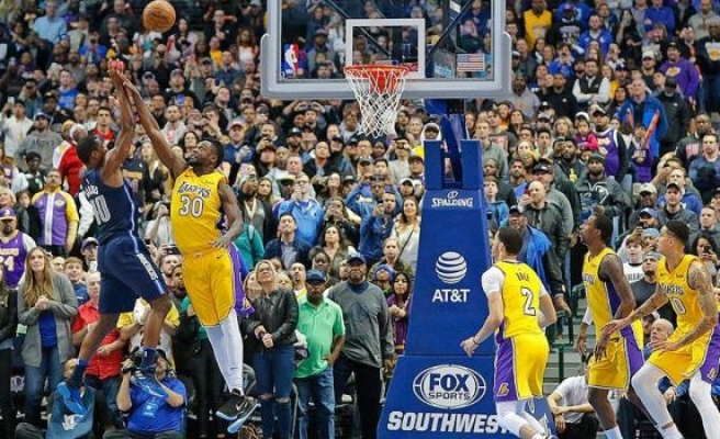 Lakers'tan peş peşe 4. galibiyet