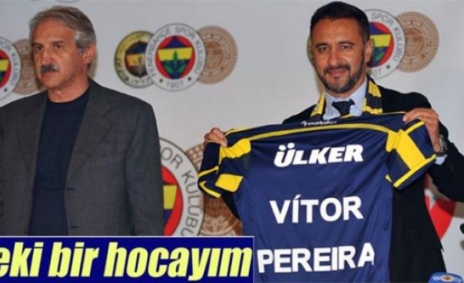 Pereira Fenerbahçe'ye imzayı attı
