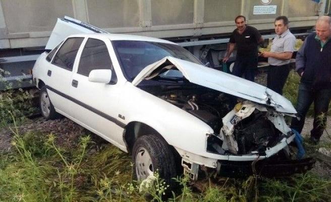Sivas'ta Hemzemin Geçitte Faciadan Dönüldü