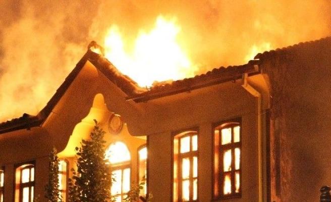 Tarihi Odunpazarı Evleri'nde yangın paniği