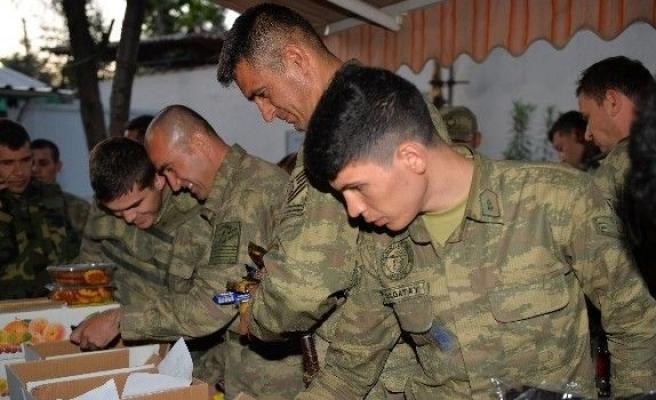 Terörle Mücadele Askerlere En Büyük Moral Çocukların Mektupları