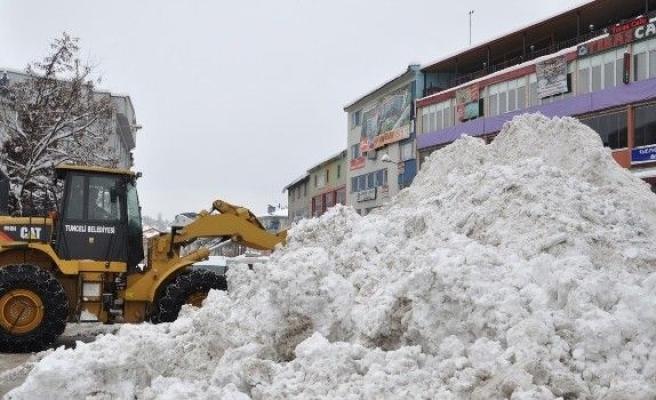 Tunceli'de 195 Köy Yolu Ulaşıma Kapalı