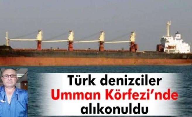 Türk denizciler kurtarılmak için yardım bekliyor