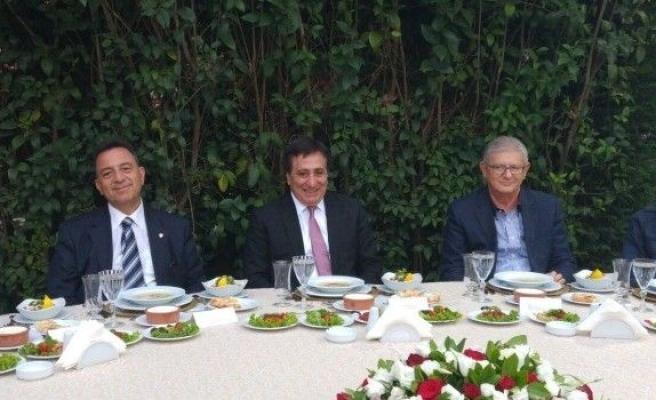 Vali küçük darbe girişiminin Bursa'daki bilançosunu açıkladı.