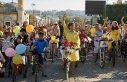 'Süslü Kadınlar Bisiklet Turu' renkli görüntüler...