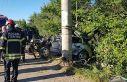 Kocaeli'de otomobil elektrik direğine çarptı: 1...