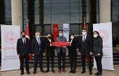 Çanakkale'de 18 Mart'ta göndere çekilecek ay yıldızlı bayrak Kocaeli'ye ulaştı
