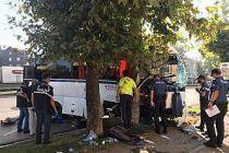 Bursa'da feci kaza: 2 ölü, 16 yaralı