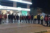 Bursa'da Türk Kızılay'dan kısıtlamada görevli polislere sıcak çorba desteği