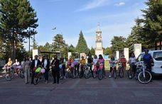 """Bilecik'te """"Süslü Kadınlar Bisiklet Turu"""" düzenlendi"""