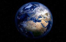 'Dünya'nın görüntülerini 5 santimetrelik uyduyla...