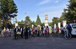 """Bilecik'te """"Süslü Kadınlar Bisiklet Turu""""..."""