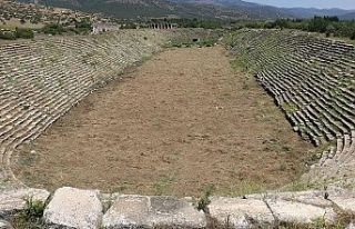 Antik stadyumda 'kombine' izleri