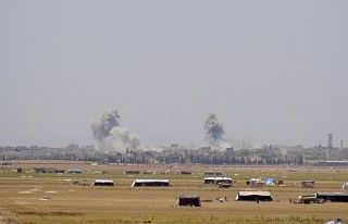 Esed rejimi İdlib'e yoğun hava saldırıları...