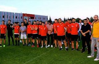 Eskişehirspor'da futbolcular antrenmana çıkmadı