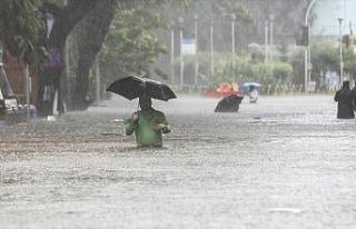 Hindistan'daki yağışlar can almaya devam ediyor