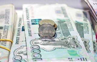 Rus rublesi dolar karşısında iki yılın en düşük...