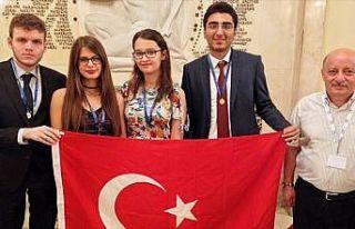 TÜRK MATEMATİK MİLLİ TAKIMI'NIN OLİMPİYAT...