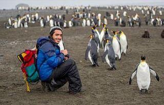Yedi kıtaya ayak basan en genç Türk, sosyal medyada...
