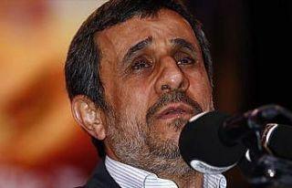Ahmedinejad kapsamlı gösteri için yönetimden izin...