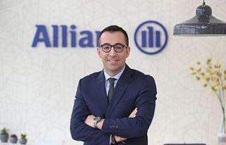 Allianz Türkiye'nin lider koltuğunda devir teslim...