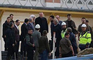 Cumhurbaşkanı Erdoğan, Çamlıca Camisi'nde incelemelerde...
