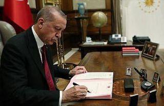 Cumhurbaşkanı Erdoğan'dan 'bürokrasinin azaltılması'...