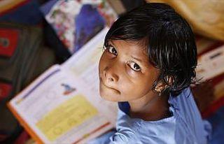 Dünyada 131 milyon kız çocuğu okula gidemiyor