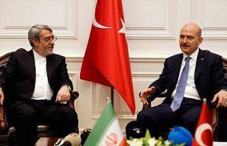 İçişleri Bakanı Soylu İranlı mevkidaşını...