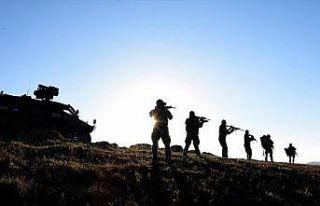 PÖH'ler Karadeniz'de teröristlerin izini sürüyor