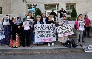 Suudi Arabistan'ın Washington Büyükelçiliği önünde...