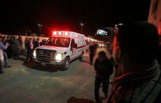 Ürdün'de öğrenci otobüsü sel sularına kapıldı:...