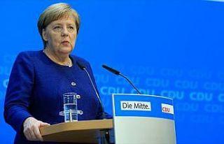 Almanya Başbakanı Merkel: Federal hükümeti sürdürme...