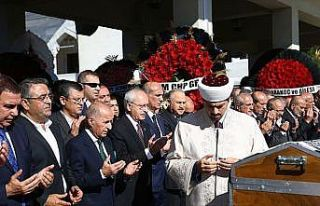 Kılıçdaroğlu, Tekin Bingöl'ün annesinin cenaze...