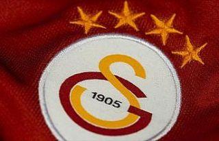 Galatasaray'da genç futbolcuların sözleşmeleri...