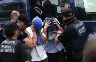 Yunanistan'a kaçan askerlerin yargılandığı...
