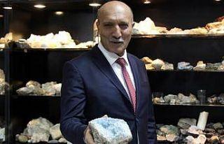 Elazığlı mühendis 30 yıldır maden cevherleri...
