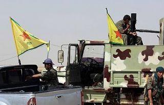 Terör örgütü YPG/PKK Deyrizor'da binlerce...