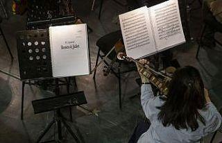 Çaykovski'nin müzikleri 'Romeo ve Juliet'in aşkıyla...