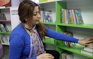Okul kütüphanesi gönüllü annelere emanet
