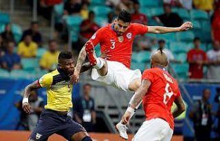 Kupa Amerika'da Şili çeyrek finali garantiledi