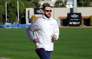 Ramil Guliyev'den sezona hızlı başlangıç