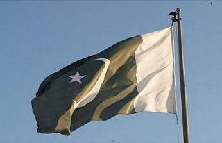 Pakistan Hindistan'dan büyükelçisini geri çekmesini...