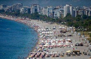 '1,5 milyon Ukraynalı turistten 700 bini Antalya'yı...