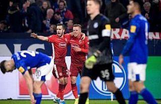 Schalke 04-Fortuna Düsseldorf maçı 3-3 berabere...