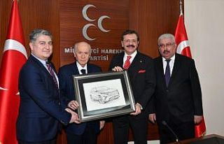 TOGG heyeti, MHP Genel Başkanı Bahçeli'yi ziyaret...
