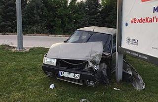 İnegöl'de trafik kazası: 2 yaralı