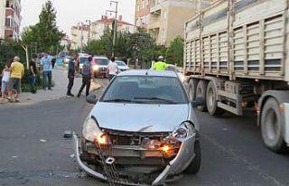 Kırklareli'nde iki otomobilin çarpışması...