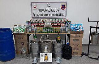 Kırklareli'nde 860 litre kaçak içki ele geçirildi